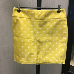 Ann Taylor yellow Polk a dot skirt.